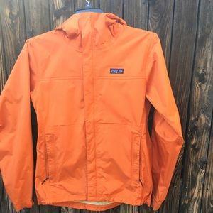 Patagonia raincoat  size M